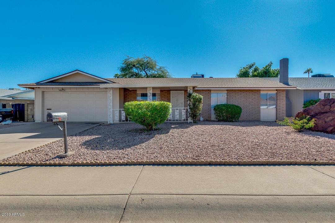 Photo of 4749 E AHWATUKEE Drive, Phoenix, AZ 85044
