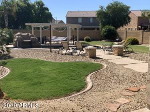 18217 W GOLDEN Lane, Waddell, AZ 85355