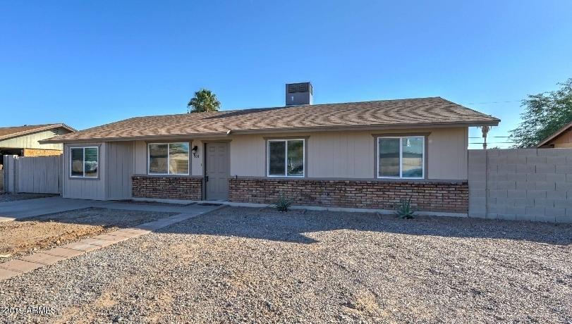 Photo of 707 E PEPPERTREE Avenue, Apache Junction, AZ 85119