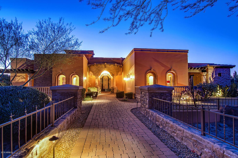 Photo of 3314 N 88TH Place, Mesa, AZ 85207