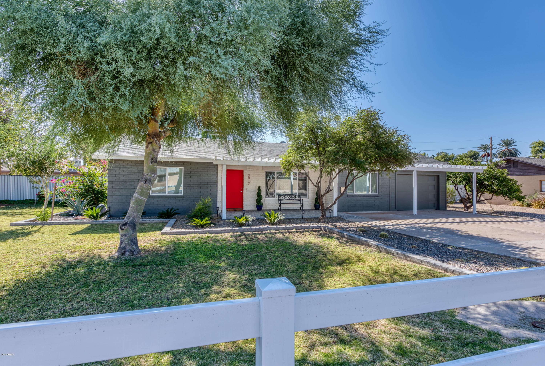 Photo of 3017 E CAMPBELL Avenue, Phoenix, AZ 85016