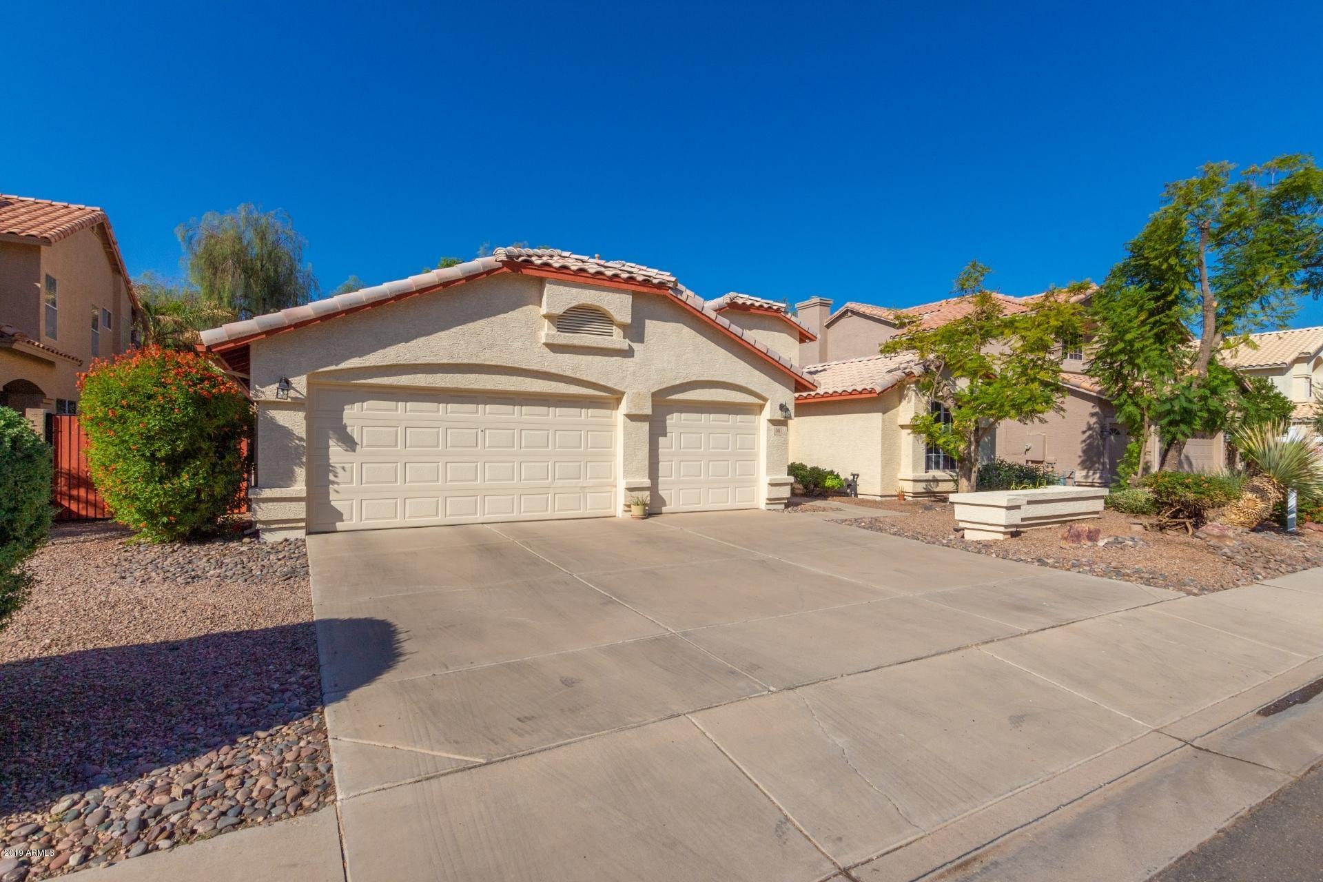 Photo of 246 S SANDSTONE Street, Gilbert, AZ 85296