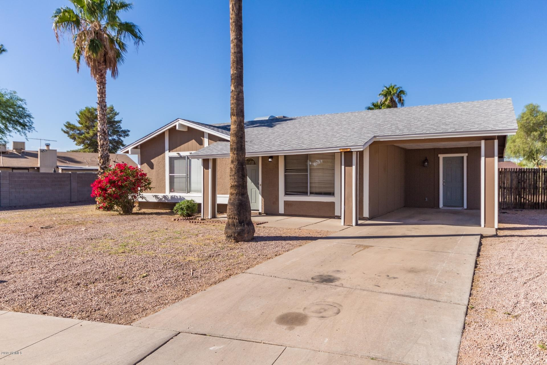 Photo of 320 W EL ALBA Way, Chandler, AZ 85225