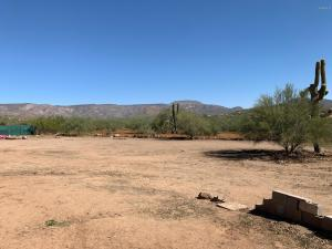 45040 N 7TH Street, New River, AZ 85087