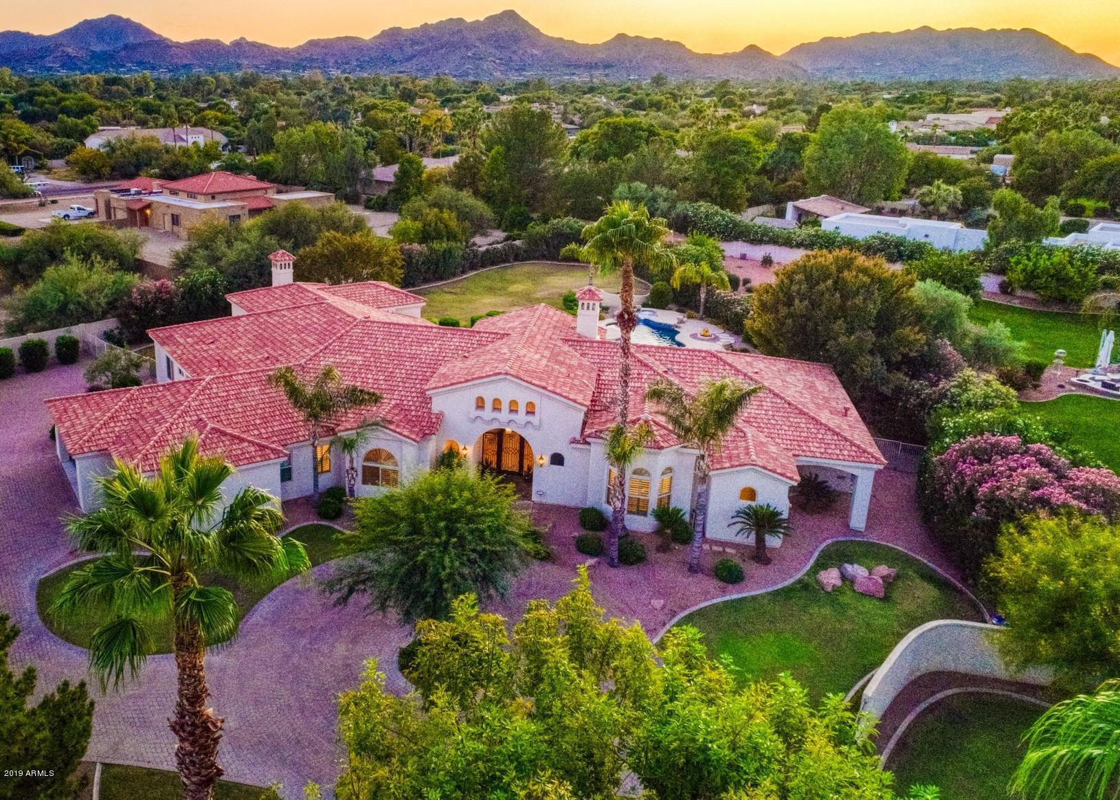Photo of 7135 E BERNEIL Drive, Paradise Valley, AZ 85253