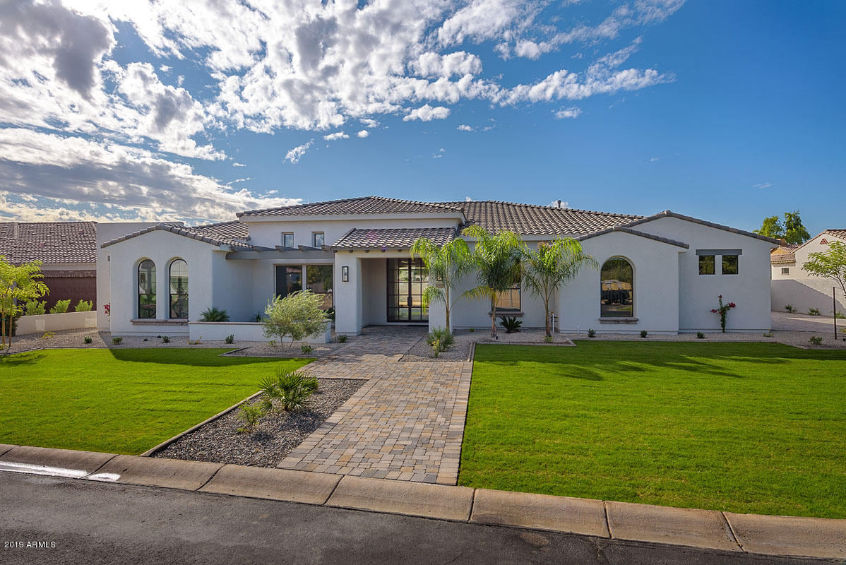 Photo of 3375 E Aquarius Court, Chandler, AZ 85249