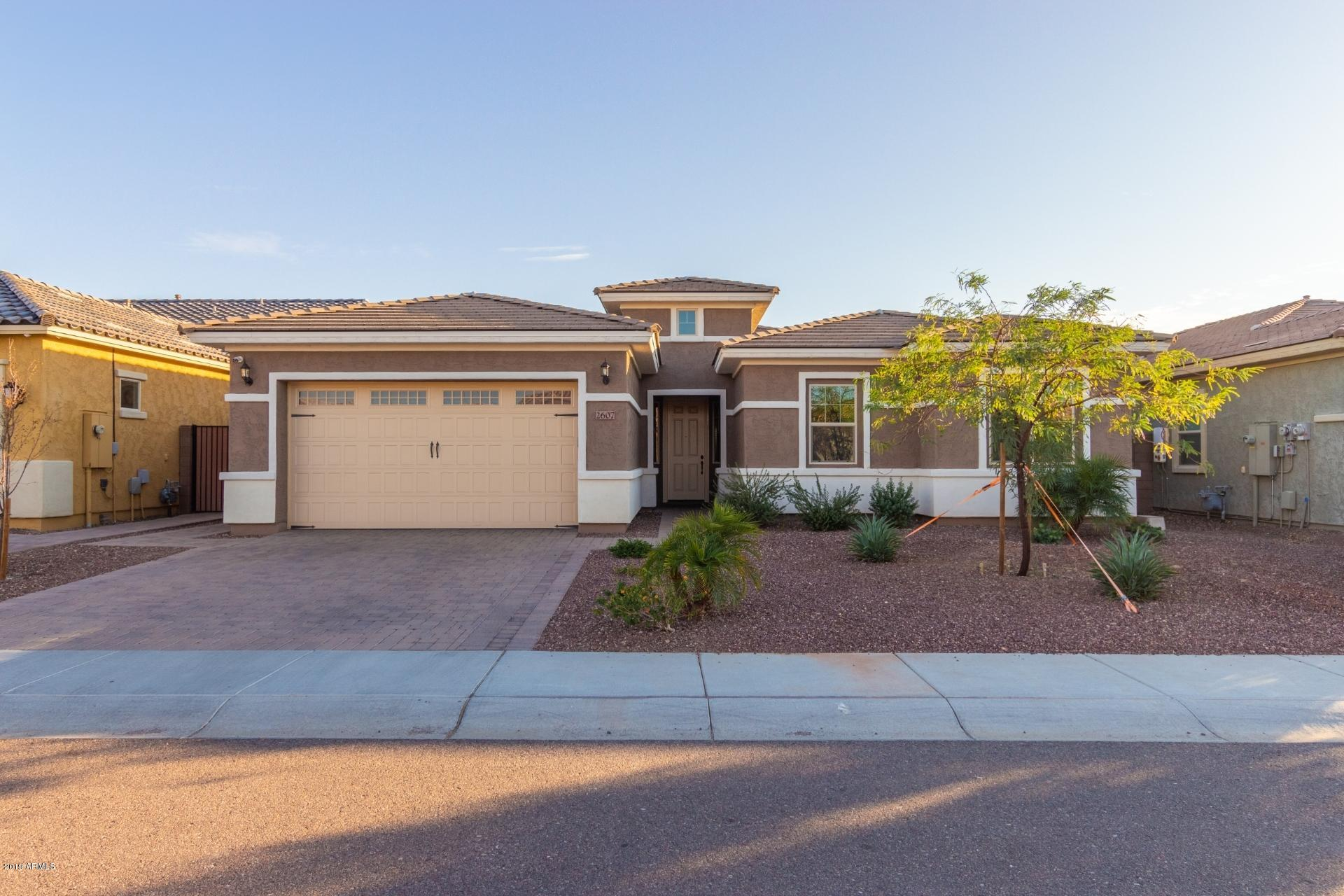 Photo of 2607 W Balao Drive, Phoenix, AZ 85085
