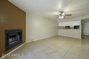 2515 N 52ND Street, 107, Phoenix, AZ 85008