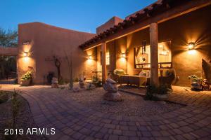 39855 N ECHO CANYON Drive, Cave Creek, AZ 85331