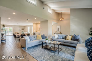 5931 E VOLTAIRE Avenue, Scottsdale, AZ 85254