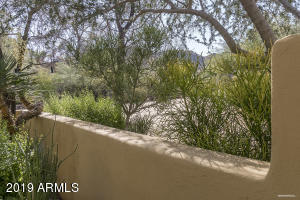 7529 N Invergordon Road, Paradise Valley, AZ 85253