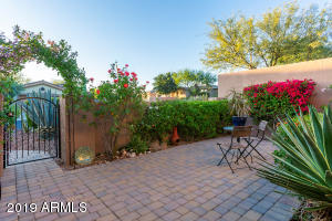 Charming Gated Courtyard Entry!