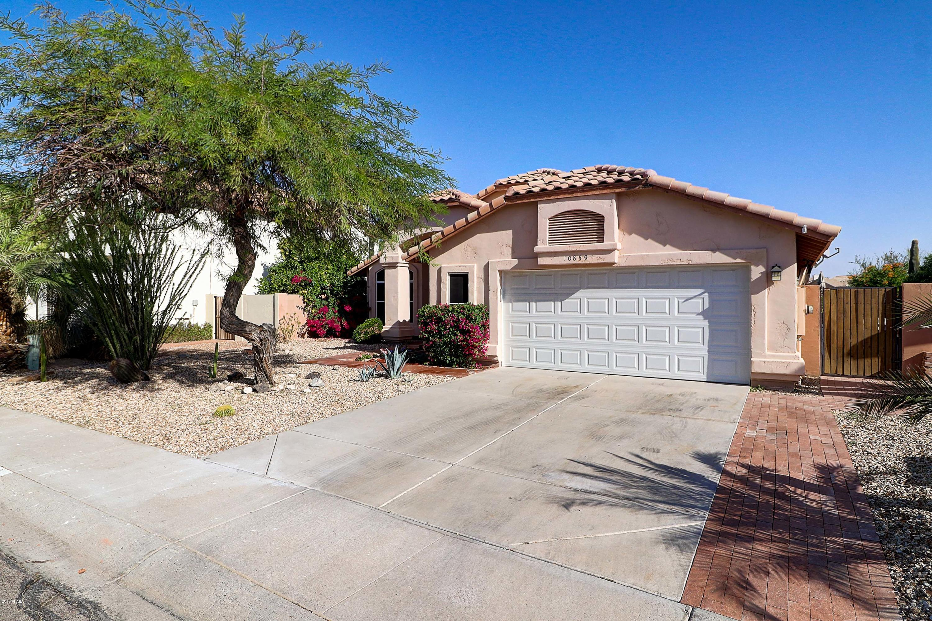 Photo of 10859 S DREAMY Drive, Goodyear, AZ 85338