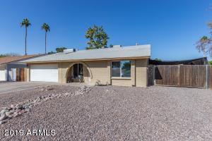 2320 E HOLMES Avenue, Mesa, AZ 85204