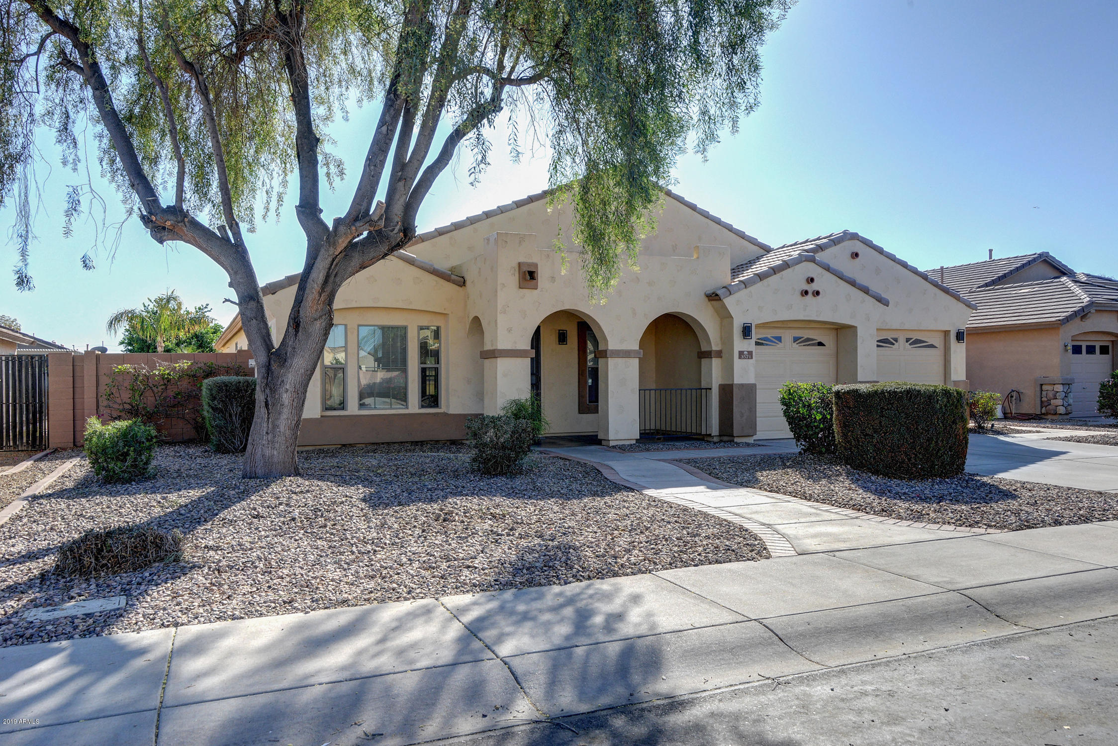 Photo of 3571 E FAIRVIEW Street, Gilbert, AZ 85295