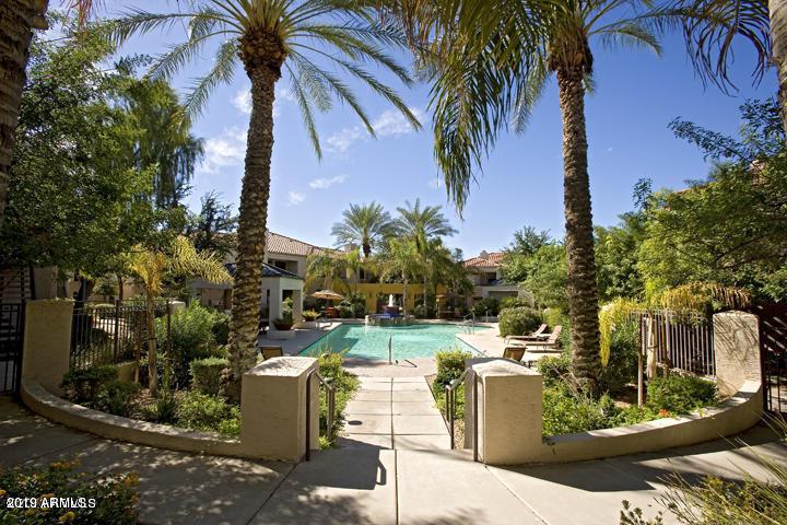 Photo of 11375 E SAHUARO Drive #2076, Scottsdale, AZ 85259