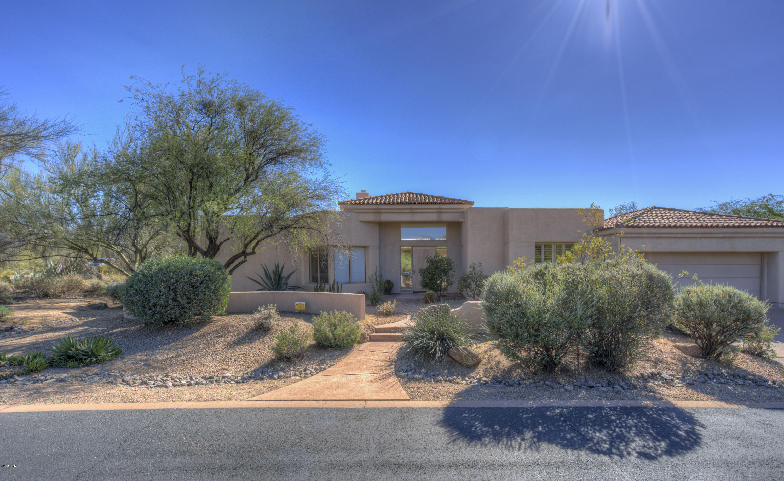 Photo of 7361 E ROCKVIEW Road, Scottsdale, AZ 85266
