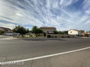 8706 W SIERRA VISTA Drive, Glendale, AZ 85305