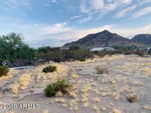 6036 W SUN DANCE Drive, Queen Creek, AZ 85142