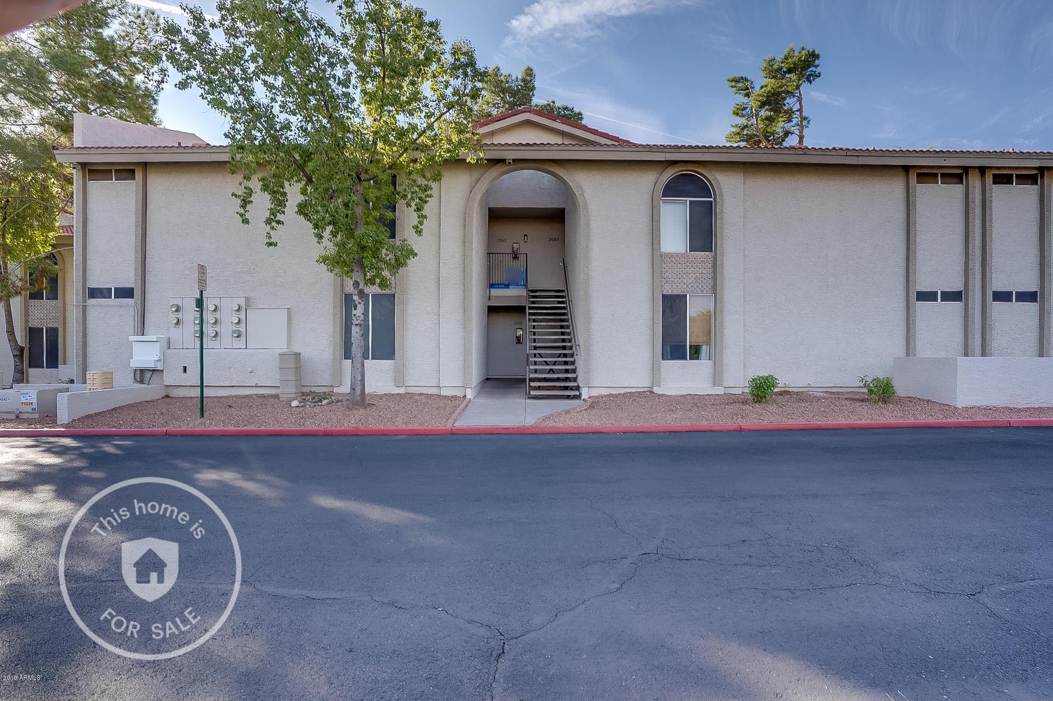 Photo of 10610 S 48TH Street #2062, Phoenix, AZ 85044