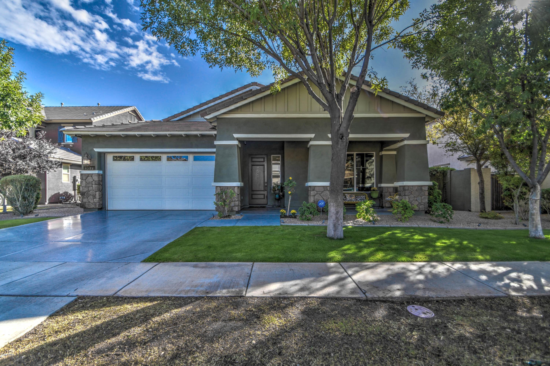 Photo of 3671 E PALO VERDE Street, Gilbert, AZ 85296
