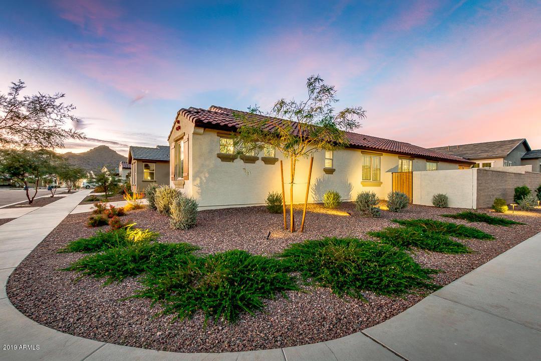 Photo of 20634 W COLLEGE Drive, Buckeye, AZ 85396