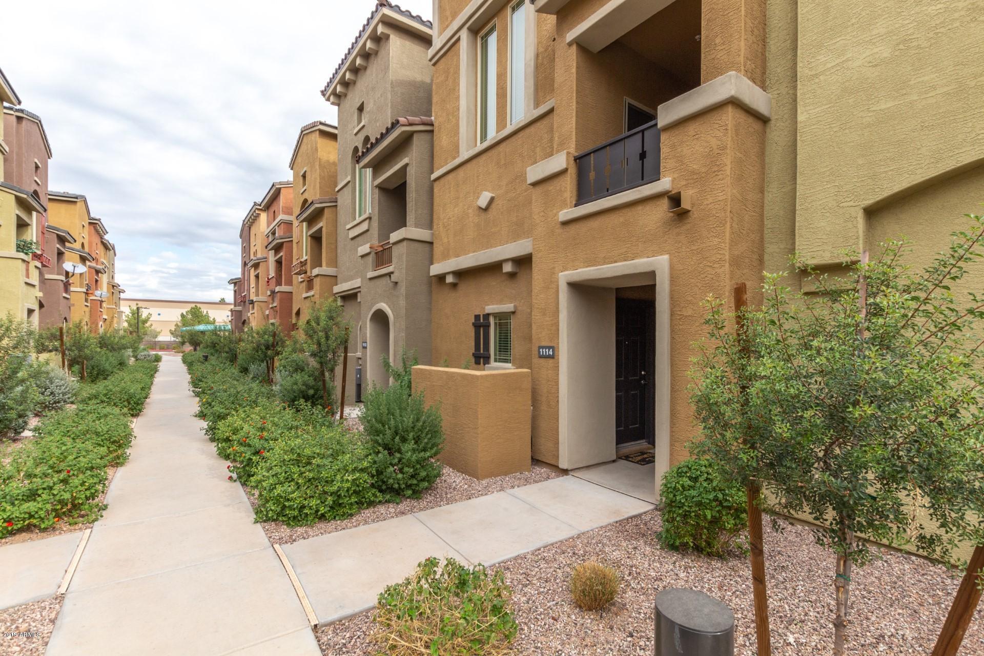 Photo of 240 W JUNIPER Avenue #1114, Gilbert, AZ 85233