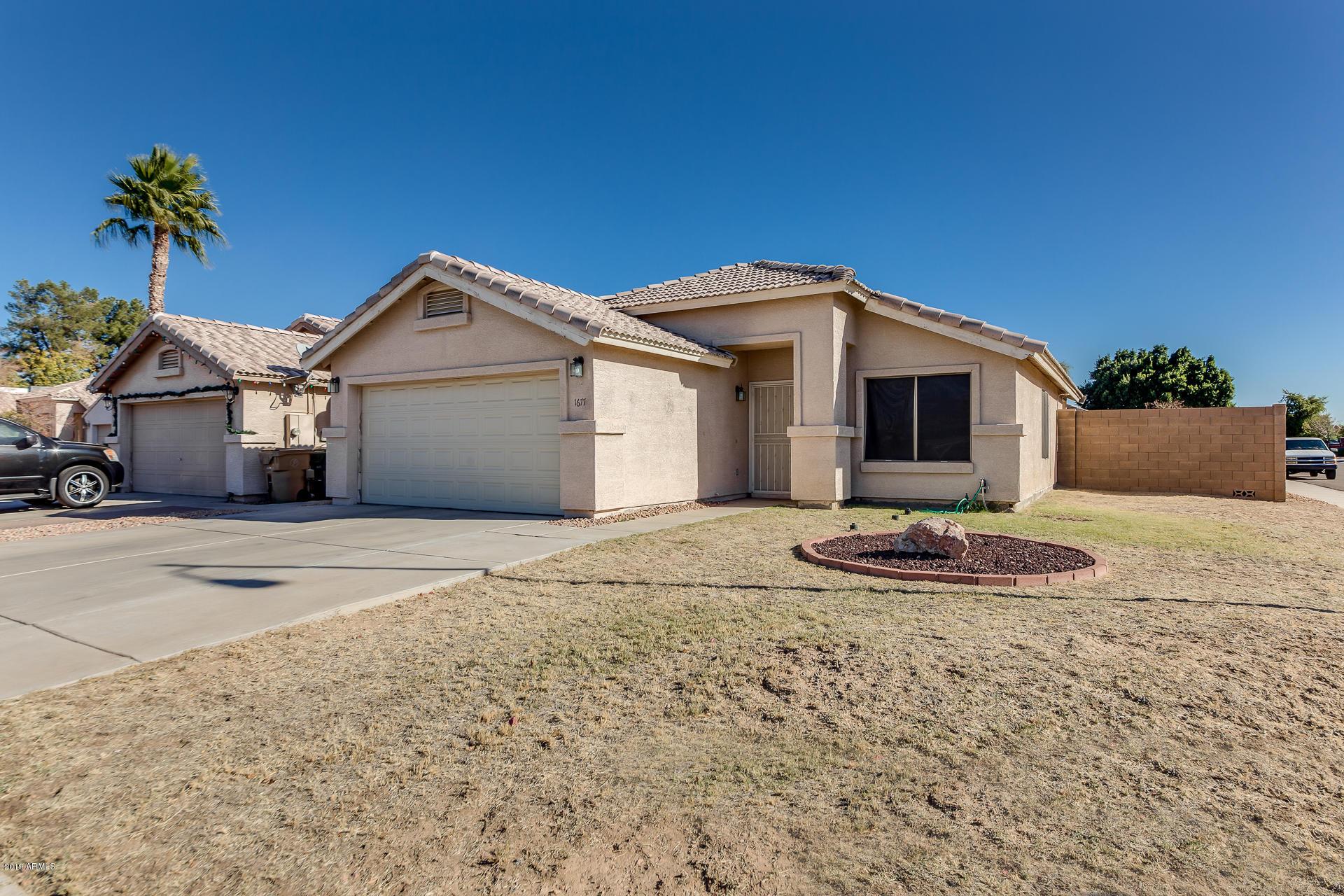 Photo of 1677 N LA MORA Drive, Goodyear, AZ 85338