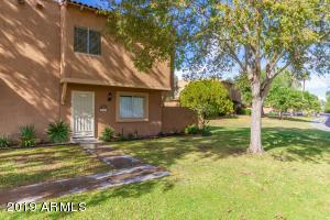 10207 N 8TH Place, Phoenix, AZ 85020