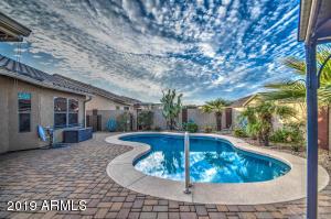 724 W BURKHALTER Drive, San Tan Valley, AZ 85143