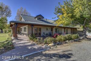12200 W Range View Road, Skull Valley, AZ 86338