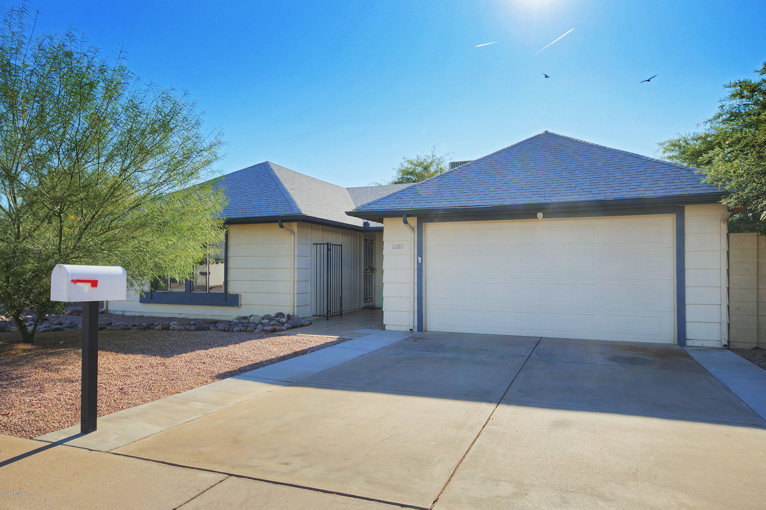 Photo of 11201 S PEWAUKEE Street, Phoenix, AZ 85044