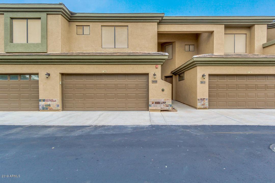 Photo of 705 W QUEEN CREEK Road #1021, Chandler, AZ 85248