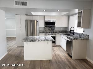 HIgh End Kitchen - Stainless and Granite
