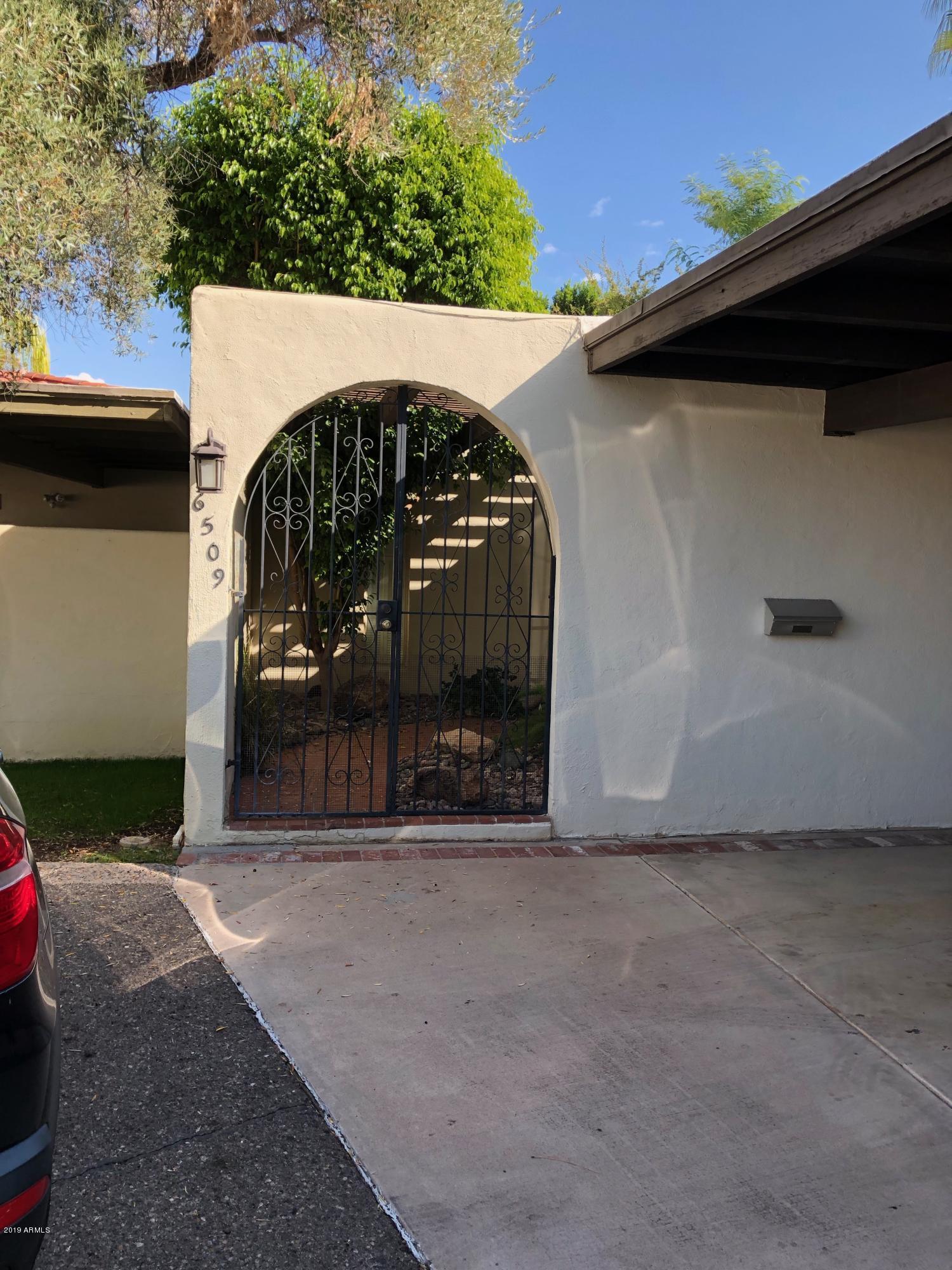 Photo of 6509 N Place D Valencia --, Phoenix, AZ 85014