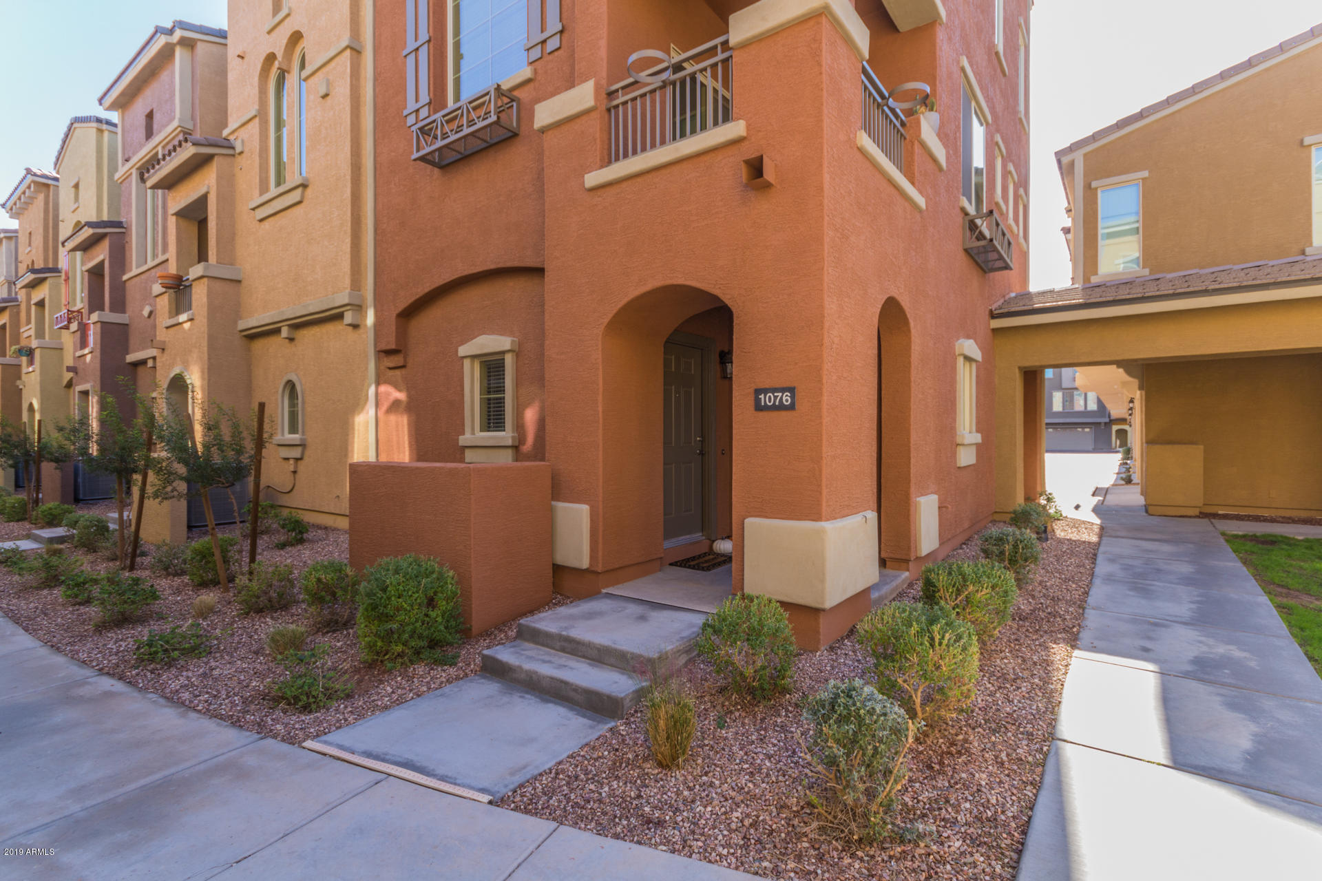 Photo of 240 W JUNIPER Avenue #1076, Gilbert, AZ 85233