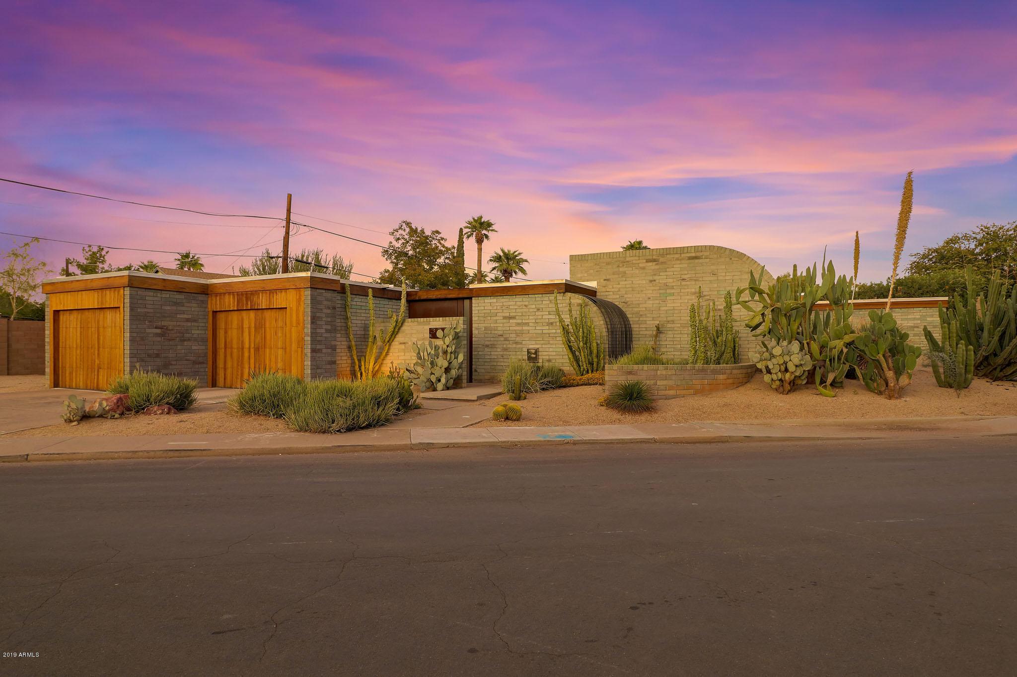 Photo of 3223 N RANDOLPH Road, Phoenix, AZ 85014