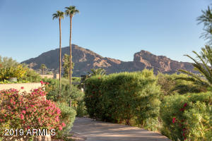 5212 E ARROYO Road E, Paradise Valley, AZ 85253