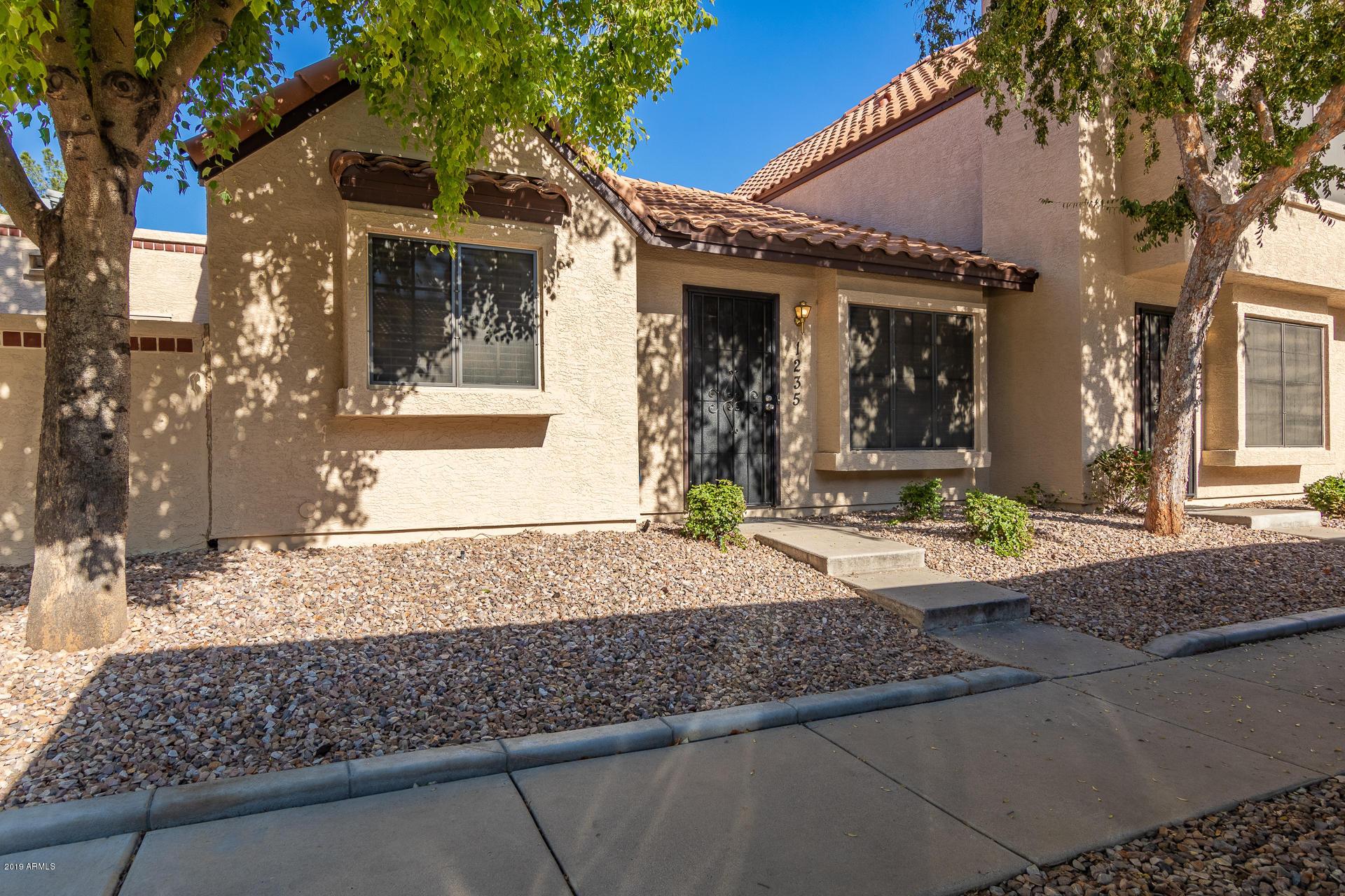Photo of 921 W UNIVERSITY Drive #1235, Mesa, AZ 85201