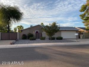 8320 N 55TH Drive, Glendale, AZ 85302