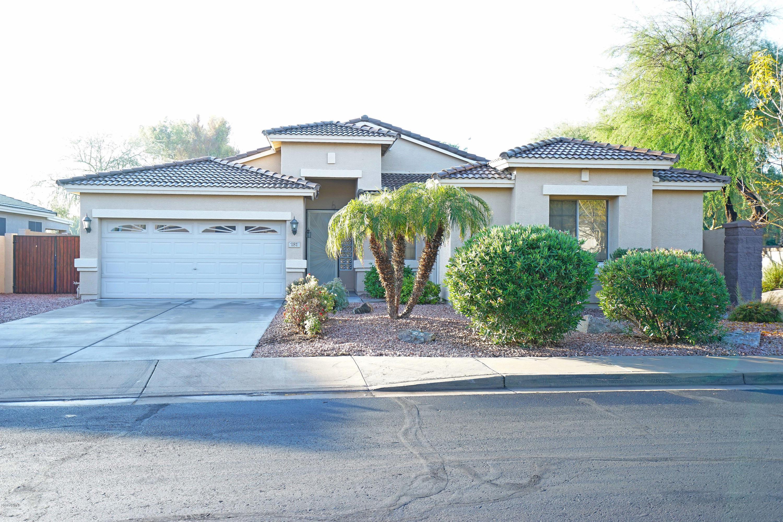 Photo of 181 W BIRCHWOOD Place, Chandler, AZ 85248