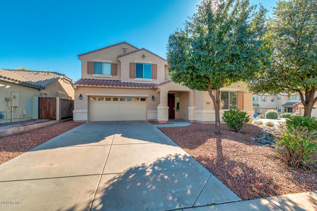 Photo of 2505 E RIDGE CREEK Road, Phoenix, AZ 85024