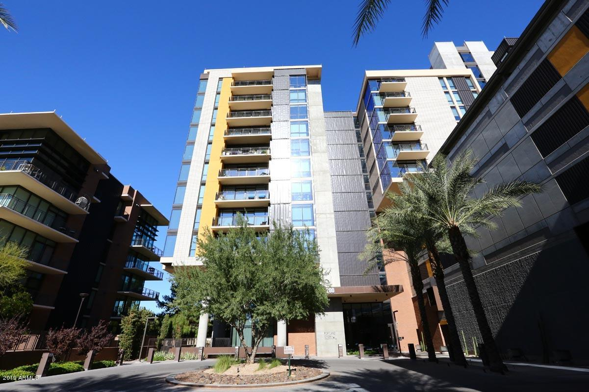 Photo of 200 W PORTLAND Street #1013, Phoenix, AZ 85003