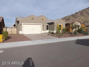 10274 W FETLOCK Trail, Peoria, AZ 85383