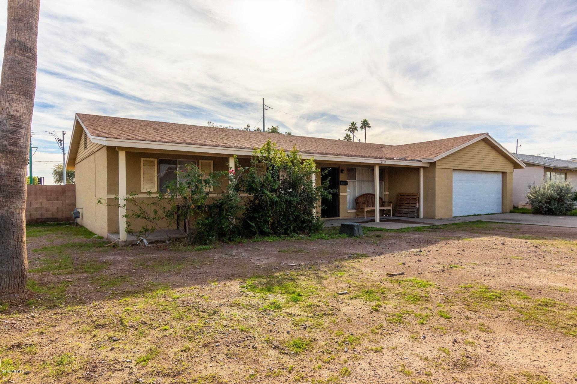 Photo of 2501 W WETHERSFIELD Road, Phoenix, AZ 85029