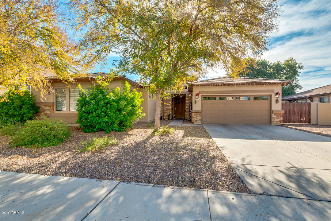 Photo of 18511 E ASHRIDGE Drive, Queen Creek, AZ 85142