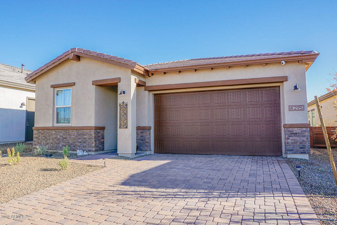 Photo of 4215 SAWBUCK Way, Wickenburg, AZ 85390