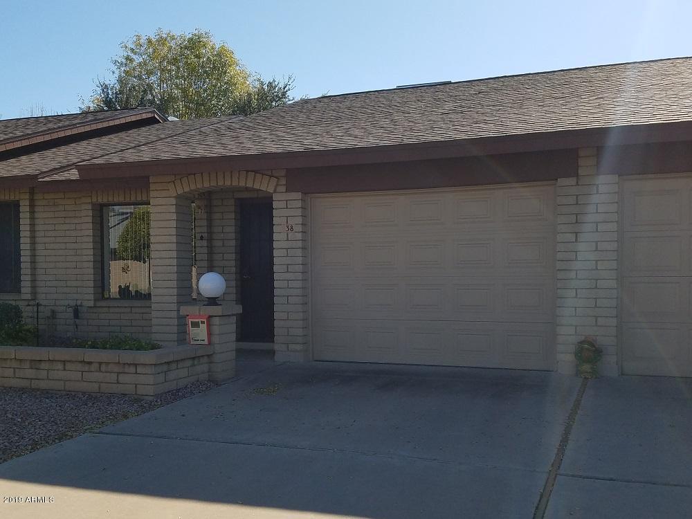 Photo of 2064 S FARNSWORTH Drive #38, Mesa, AZ 85209