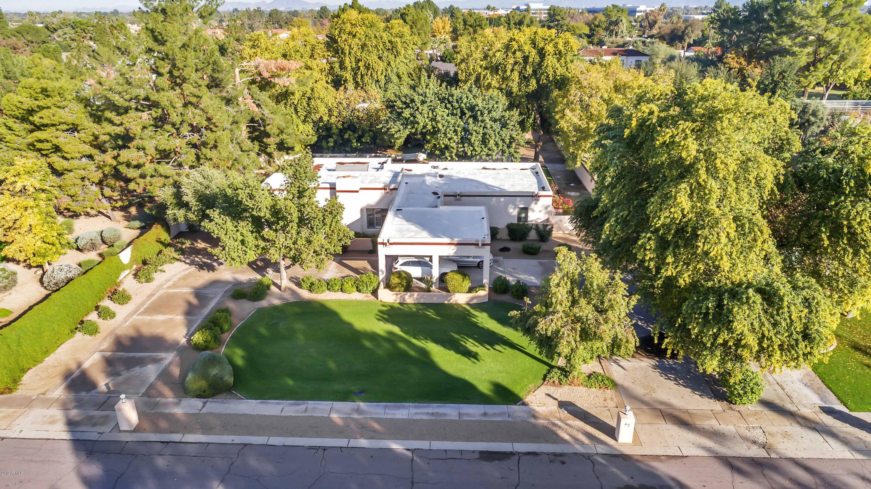 Photo of 2002 E CAROLINE Lane, Tempe, AZ 85284