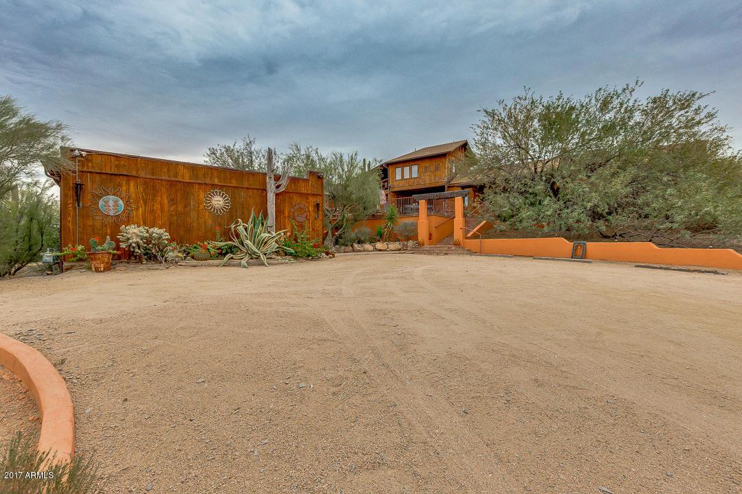 Photo of 38555 N SCHOOL HOUSE Road, Cave Creek, AZ 85331